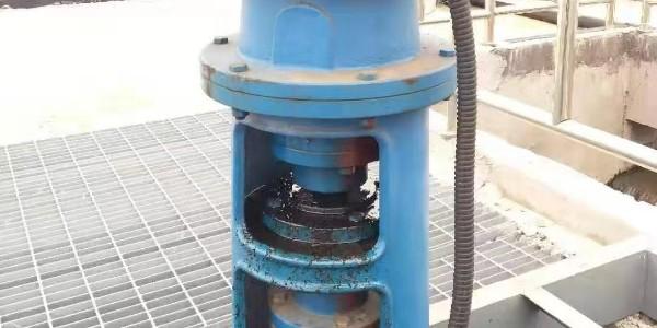减速机漏油的原因是什么